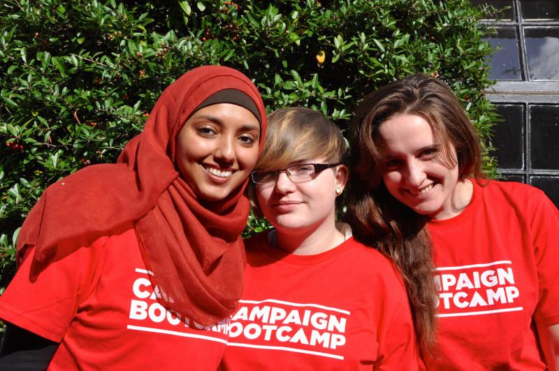 Haben sie sich auf für ein Stipendium beworben? Teilnehmerinnen des Campaign Bootcamps in Großbritannien (Foto: Campaign Bootcamp)